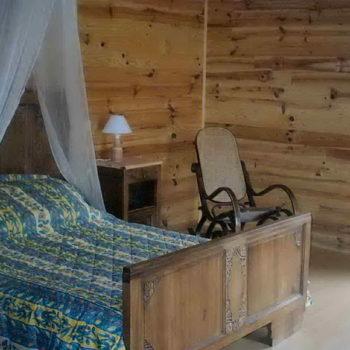 Gite de La Grange - Le Grand Gite - La chambre en bois - Gite de France