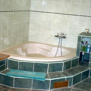 Gite de La Grange - Le Grand Gite - La salle de bain - Gite de France